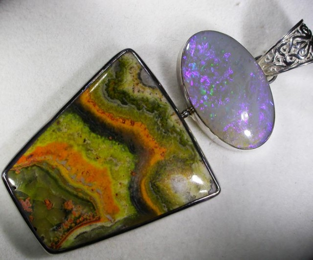 SOLID OPAL AND BUMBLEE PENDANT-FACTORY DIRECT[SOJ1000+SJ100]