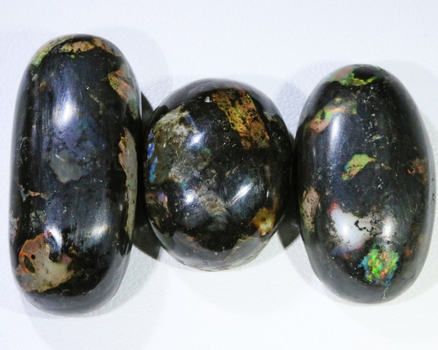60.85 CTS INDONESIAN WOOD FOSSIL STONES  POLISHED PARCEL  [VS7224 ]