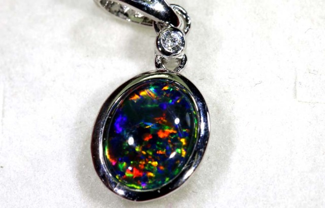 TRIPLET OPAL SILVER PENDANT 4.10 CTS OF-1447