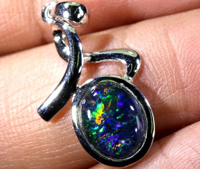 TRIPLET OPAL SILVER PENDANT 4.10 CTS OF-1457