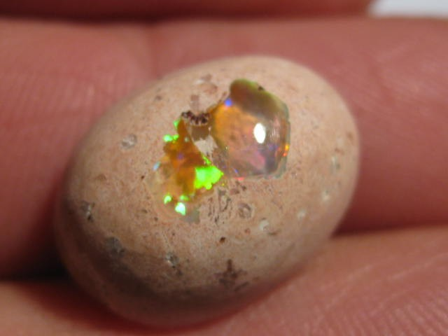 OpalWeb - Natural Gem Mexican Opal - 8.7Cts.