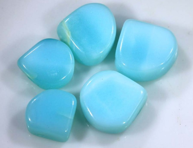 9.35 CTS PERUVIAN BLUE OPAL BEADS DRILLED PARCEL (5PCS)  LO-3911