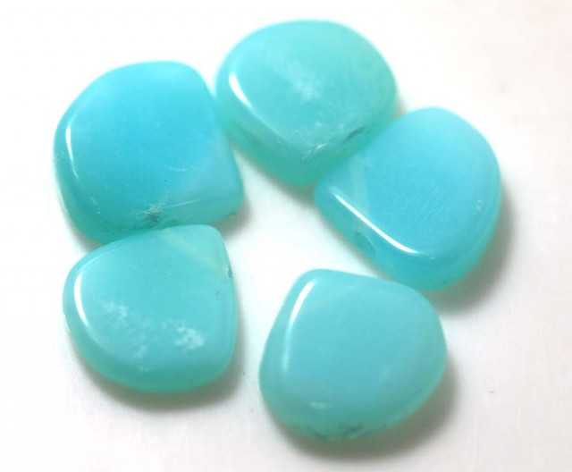 11.30 CTS PERUVIAN BLUE OPAL BEADS DRILLED PARCEL (5PCS)  LO-3918