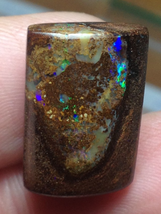 AC240 19.5cts Koroit Boulder Opal Picture Stone