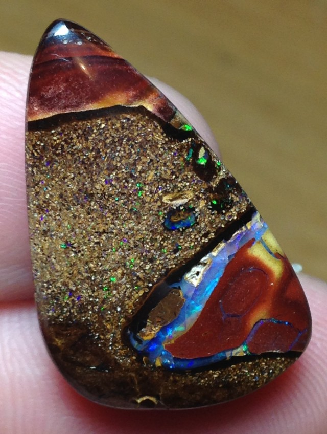 AC295 25.5cts Koroit Boulder Opal Picture Stone