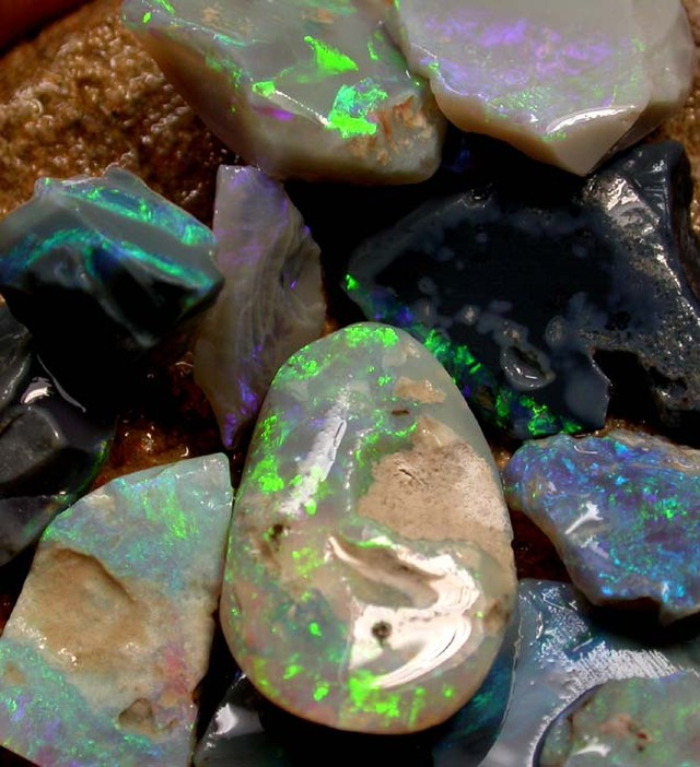ROUGH OPAL FROM SEDA OPALS [RP136B] 160.00 CTS