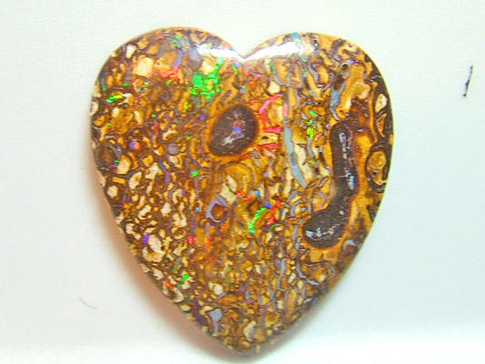 (TBO) OPAL YOWAH POLISHED SPARLKING HEART 27.40CTS DR1