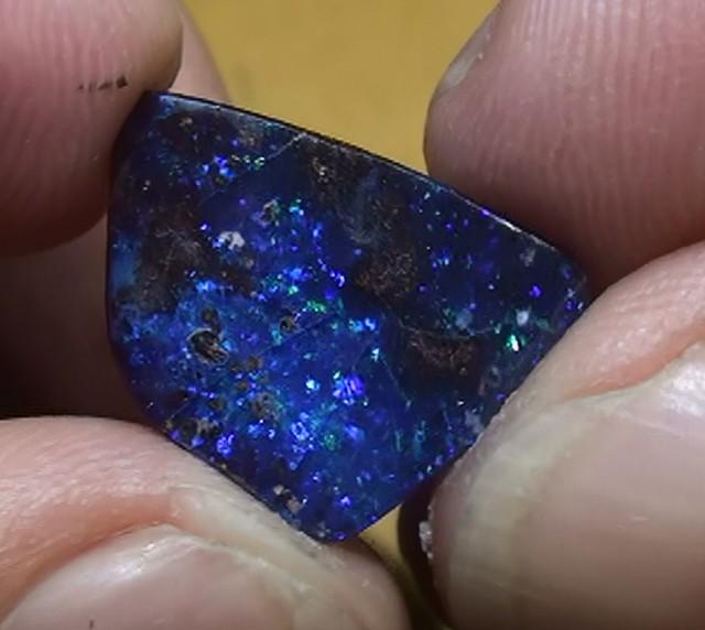 5.65 ct Boulder Opal With Gem Blue Pinfire