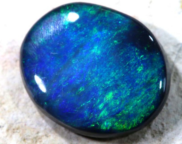 N1- 0.70 CTS Solid Black Opal Lightning Ridge ANO-371
