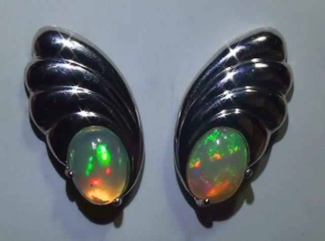 14.70 ct 925 Silver Gem Rainbow Opal Earrings