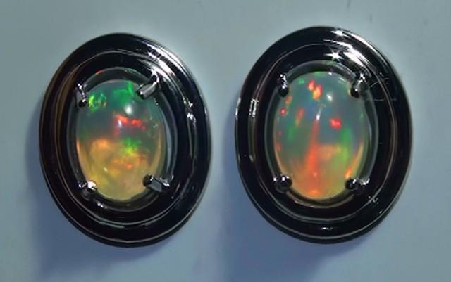 12.55 ct 925 Silver Gem Rainbow Opal Earrings