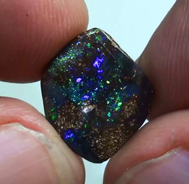 5.40 ct Boulder Opal Cofetti Gem Rainbow Color