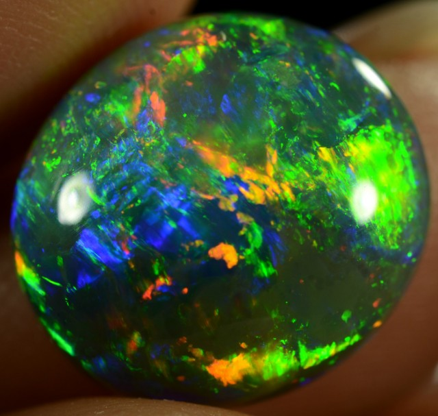 Black Opal 5.24 ct - ID:20577 100% Natural Australian Opal Gemstone