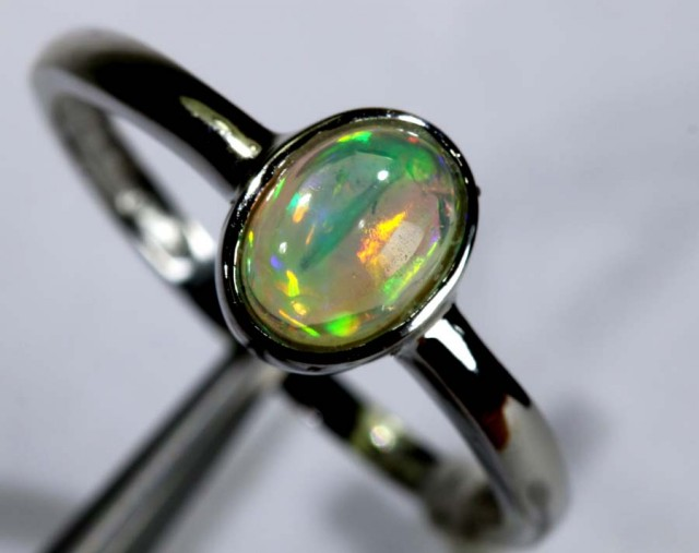 7.55 CTS ETHIOPIAN OPAL SILVER RING OF-1616