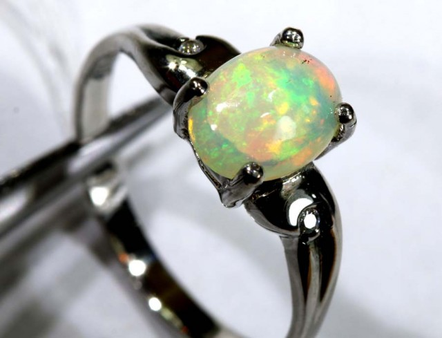 9.95 CTS ETHIOPIAN OPAL SILVER RING OF-1623