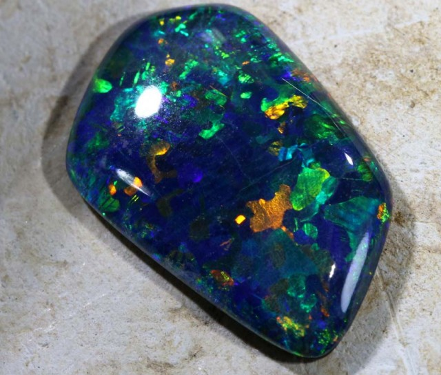6.1CTS QUALITY TRIPLET OPAL STONE TBO-5105