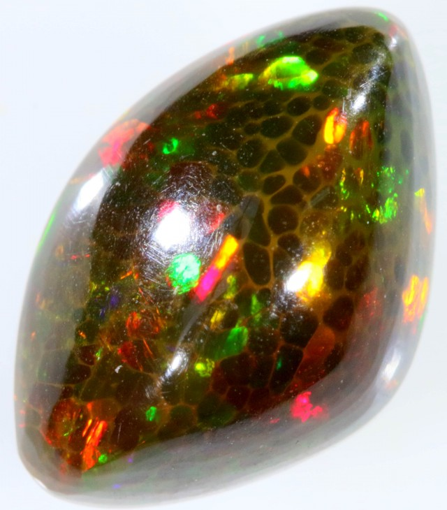 4.20 CTS TREATED WELO OPAL-HONEY COMB PATTERN. [VS7335]