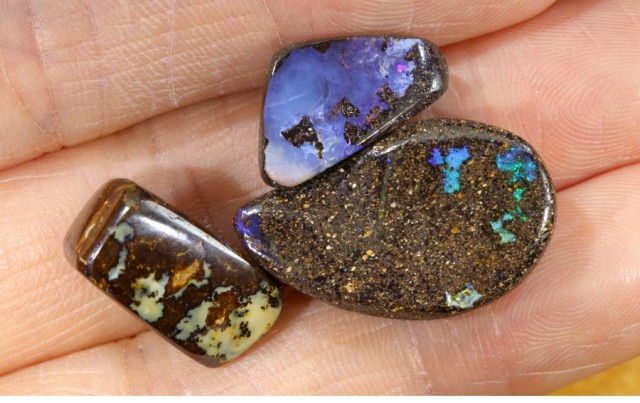 32 CTS YOWAH OPAL POLISHED DRILLED STONE PARCEL ADO-4139
