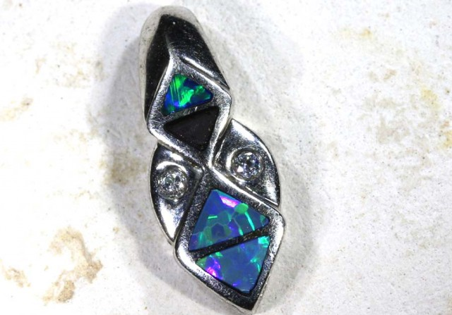 5.45 CTS   DOUBLET OPAL SILVER PENDENT OF-1763
