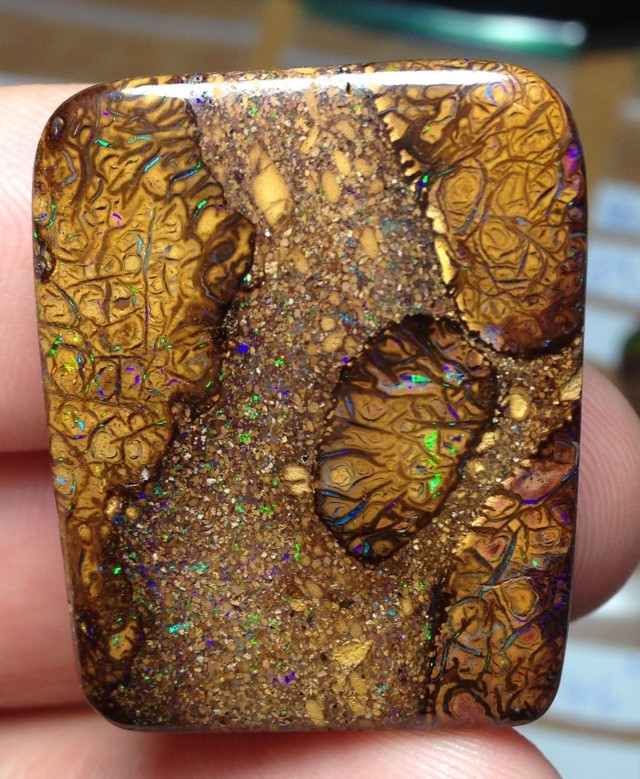 77cts Koroit Boulder Opal Picture Stone AC731