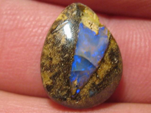 OpalWeb - Boulder Opals from Yowah - 7.3Cts -