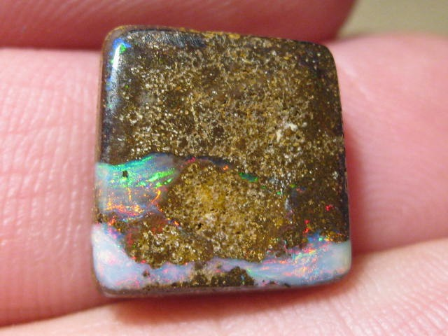 OpalWeb - Boulder Opals from Yowah - 10.05Cts -