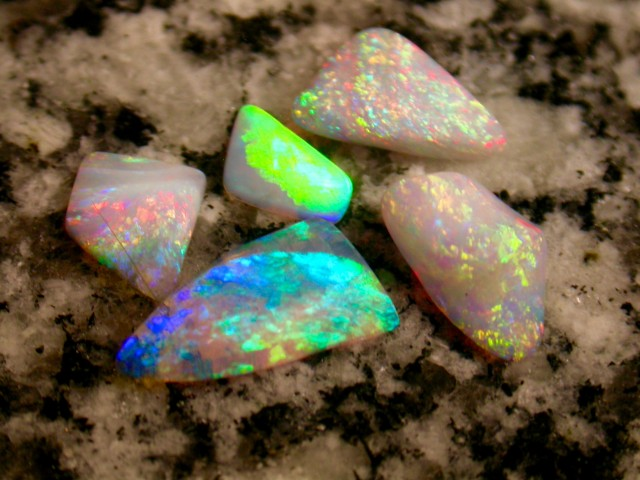 9.88ct high quality parcel brazilian opal