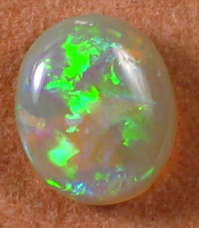 Solid Crystal Opal (07) from Lightning Ridge