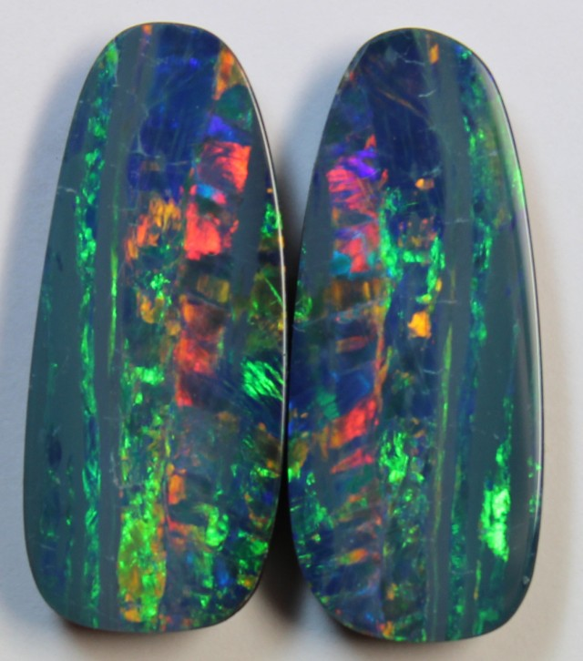 13.23 CTS  -  PAIR OPAL DOUBLE TOP FIRE  D879