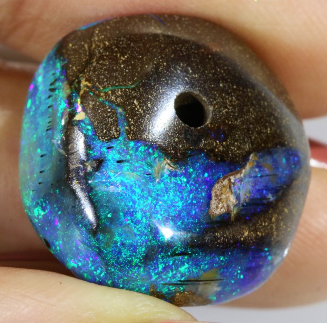 26.5 Cts Boulder Opal bead CF 708