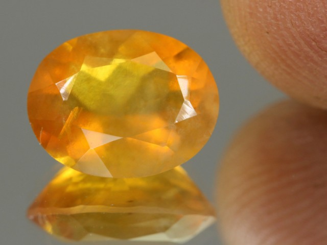 3.12cts Madagascar Fire Opal Oval Faceted