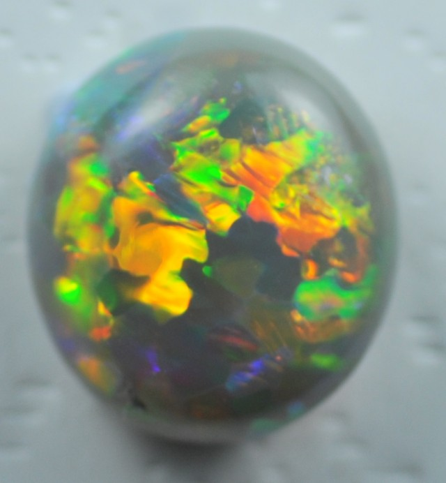 Solid Opal from Lightning Rodge(132)