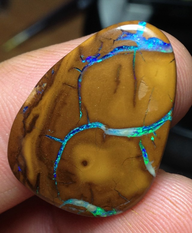 23.5cts Koroit Boulder Opal Picture Stone AD56