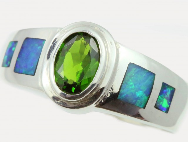 9 RING SIZE DIOPSIDE WITH NATURAL OPAL INLAY [SOJ5261]