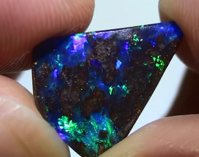 2.80 ct Gem Bright Blue Green Color Natural Queensland Boulder Opal