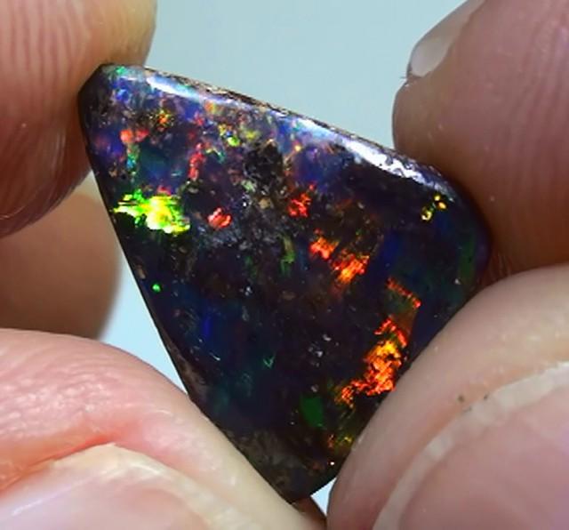 2.80 ct Quality Natural Gem Bright Multi Color Queensland Boulder Opal
