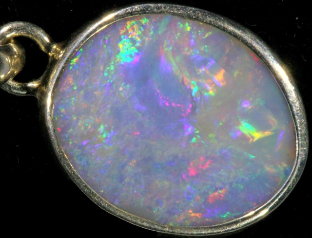 CRYSTAL FIRE OPAL PENDANT SET IN SILVER [SOJ5624]