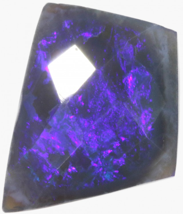 4.2 CTS FACETED BLACK OPAL [BF21]