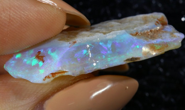 16.23 CTS WHITE ROUGH OPAL [CPR24]