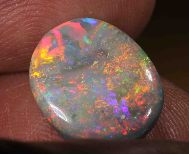 4.95 CTS  BLACK OPAL FROM LR -