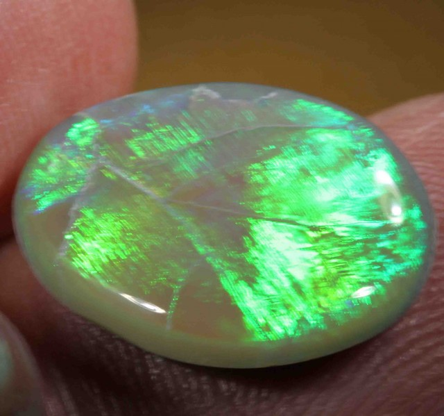 6.20 CTS  BLACK OPAL FROM LR - VERY BRIGHT -FLASHY  633264