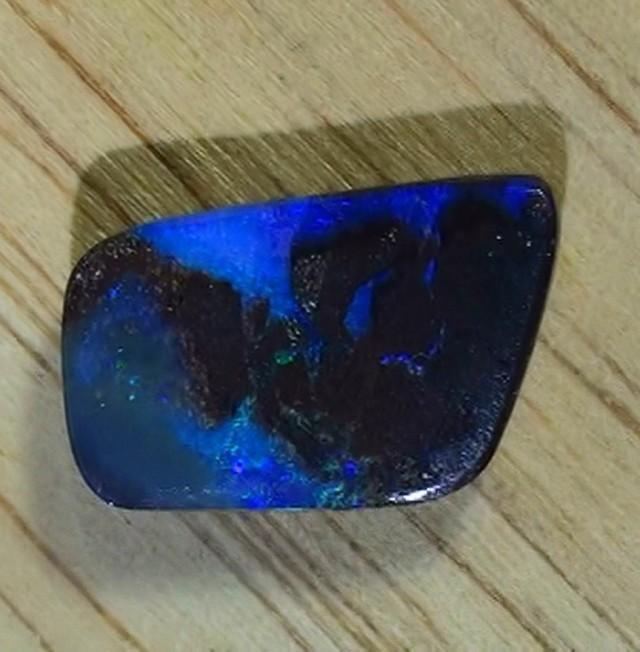 4.90 ct Beautiful Natural Queensland Boulder Opal