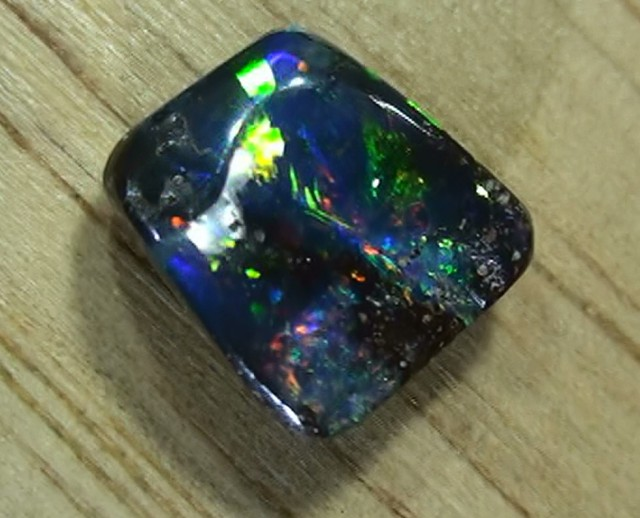 2.60 ct Top Quality Gem Multi Color Natural Queensland Boulder Opal