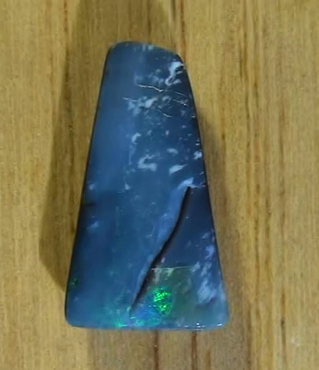 5.75 ct Boulder Opal Natural Blue Green Free Shipping