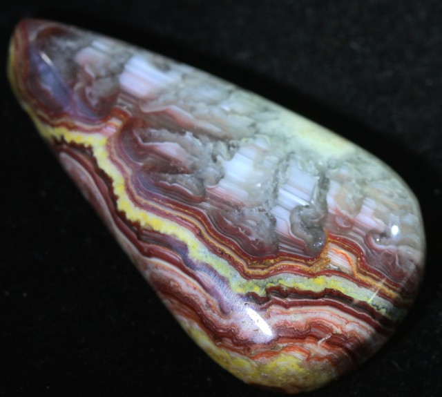 37.30 CTS CANDY OPAL-POLISHED FROM UTAH  [VS 7623 ]