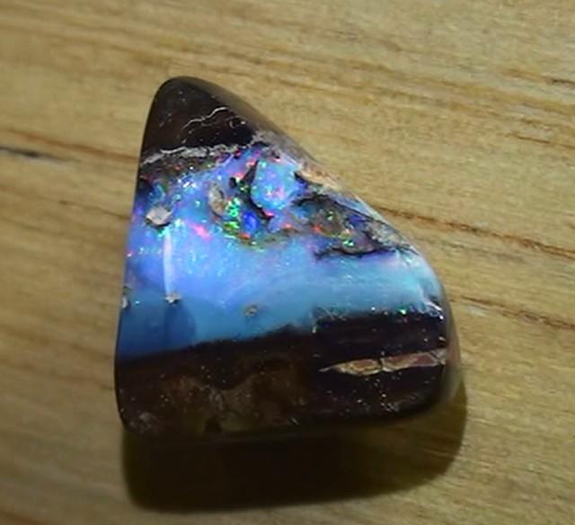 5.85 ct Boulder Opalised Wood Boulder Opal