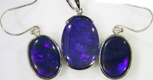 Rare Electric Blue  Black opal electric blue set SB 531