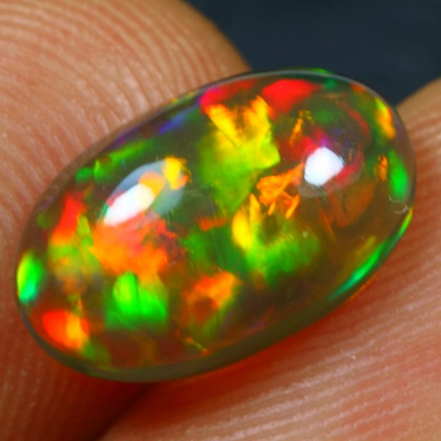 2.20cts ASTONISHED 5/5 BROAD MULTI FIRE Natural Untreated Ethiopian Welo Op