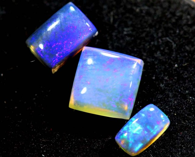 1.85CTS CRYSTAL OPAL PARCEL POLISHED 3PC TBO-6558