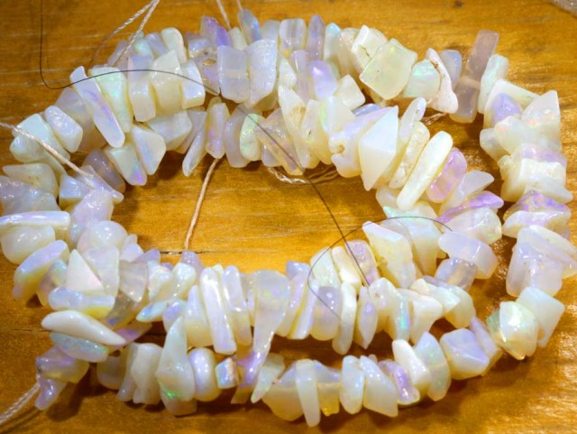 69.20CTS CRYSTAL OPAL CHIPS BEADS STRAND TBO-6767
